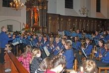 Winzerkapelle Kröv spielt in der St.-Remigius-Kirche zum Adventskonzert